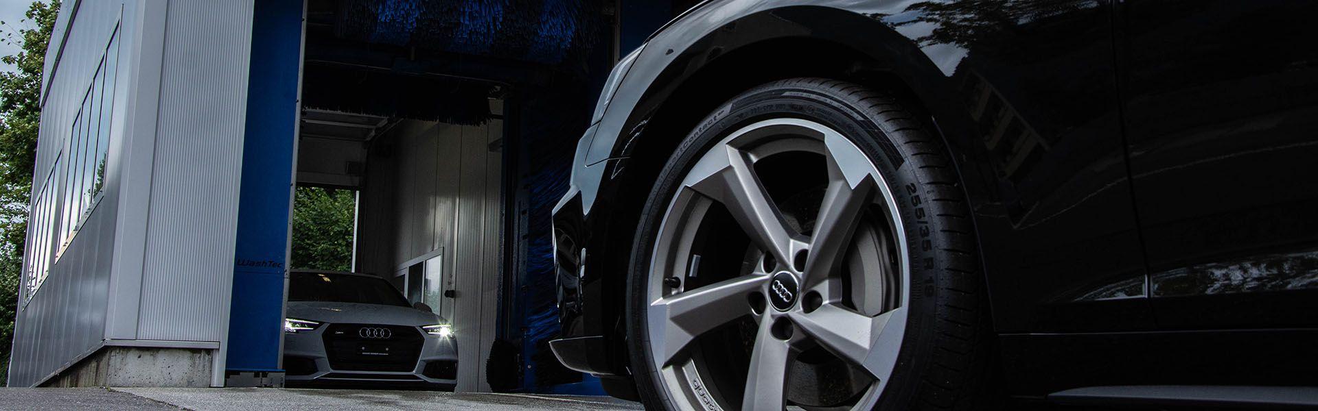 Waschcenter, eine Autowaschanlage macht Spass